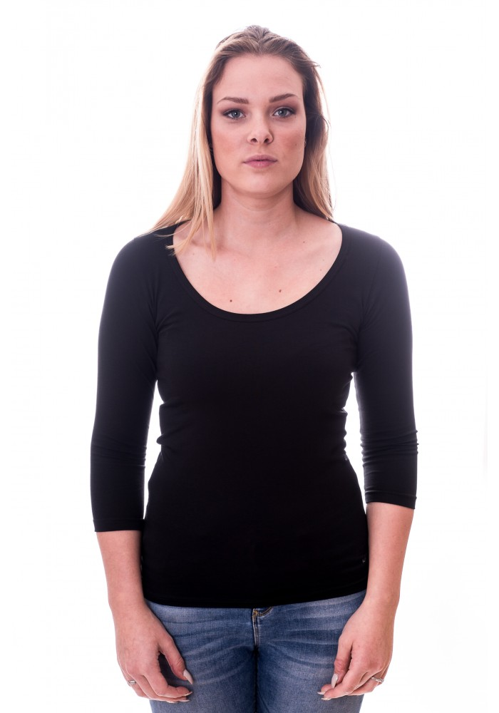 Alan Red Women T-shirt Romy Black